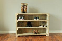 Schuhschränke - Schuhregal / Schuhschrank aus altem Bauholz - ein Designerstück von WoodandNails bei DaWanda