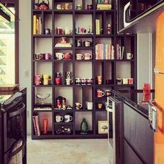 Estante na cozinha