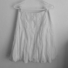 Skirt All white skirt form-fitting top side zipper covers the knees Dimri Skirts
