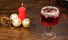 Bebida escarlata, a traditional South American Christmas punch Stock Photo Dessert Drinks, Dessert Recipes, Desserts, Christmas Punch, Christmas Things, American Food, Punk, Traditional, Foods
