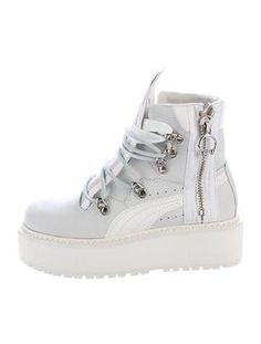 72bee9cd914 Puma x Fenty SB White Rihanna Boots w  Tags
