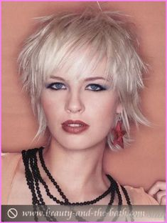 Short Shag Haircuts Gallery View trendy short shag haircut pictures, view shag haircut gallery to inspire your latest short shag haircuts Shaggy Short Hair, Short Shaggy Haircuts, Short Shag Hairstyles, Choppy Hair, Short Hair Cuts, Cool Hairstyles, Short Hair Styles, Long Hair, Corte Shaggy