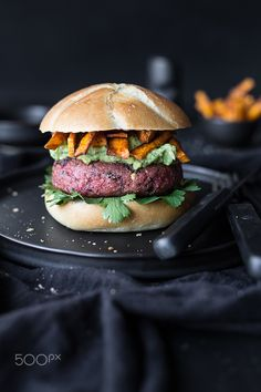 Beetroot hamburger with sweet potato chips