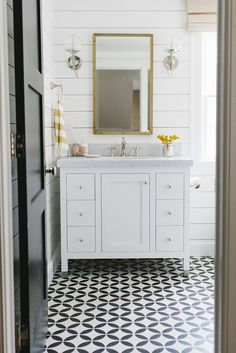 How to Get Fixer Upper Style With Shiplap