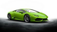 Watch: 2016 Lamborghini Huracan Changes Colour Right Before Your Eyes