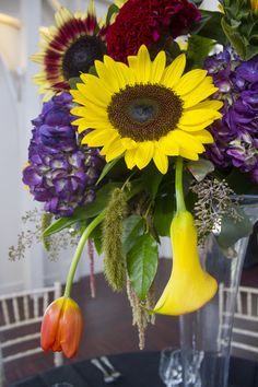 BRIGHT wedding flora