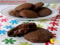 Biscotti cioccolato ripieni di nutella
