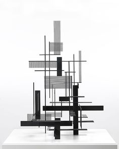 Sculpture by Sidney Gordin. Concept Models Architecture, Art And Architecture, Abstract Sculpture, Sculpture Art, Composition Art, 3d Modelle, Geometric Art, Installation Art, Contemporary Art