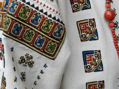 Blouse Designs, Hand Embroidery, Diy And Crafts, Collection, Blouses, Needlepoint, Hand Crafts