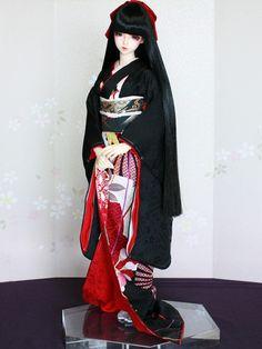 Japanese Princess, Wax Tablet, Chinese Dolls, Girls With Black Hair, Gothic Dolls, Anime Dolls, Japanese Kimono, Custom Dolls, Ooak Dolls