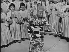 "18-15n-77-30w: ""rootsnbluesfestival: ""sister rosetta tharpe "" Rockin' and Rollin' b4 Elvis….before Chuck Berry """