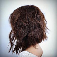 25 short haircuts for thick wavy hair - Long Bob Hairstyles 2019 Medium Hair Cuts, Short Hair Cuts, Medium Hair Styles, Curly Hair Styles, A Line Short Hair, A Line Long Bob, Choppy Bob Haircuts, Messy Bob Hairstyles, Brown Hairstyles