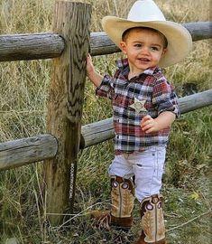 Country Living ~ little cowboy Cowboy Baby, Cowboy Girl, Little Cowboy, Cowboy Up, Baby Pictures, Baby Photos, Cute Pictures, Precious Children, Beautiful Children
