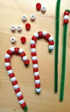 Over 30 Easy Christmas Fun Food Ideas & Crafts Kids Can Make - great for parties or at home fun with the kids - www.kidfriendlythingstodo.com #christmascraftforkids