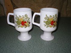 2 Spice Of Life Corning Ware Milk Glass Pedestal Footed Coffee Cup Mug Vintage