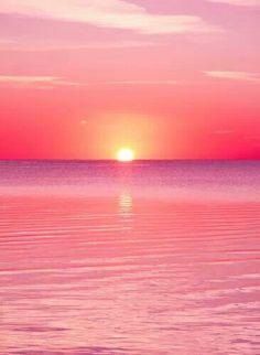 1544 Pink Sunset IPhone wallpaper Source by athenaislefort Beautiful Sky, Beautiful Landscapes, Beautiful Places, Sunset Iphone Wallpaper, Wallpaper Backgrounds, Laptop Wallpaper, Iphone Wallpapers, Wallpaper Samsung, Beach Wallpaper