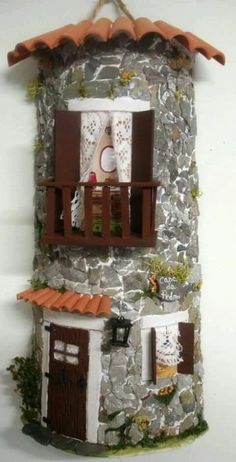 1 million+ Stunning Free Images to Use Anywhere Clay Houses, Ceramic Houses, Miniature Houses, Diy Doll Closet, Fairy Garden Houses, Home Design Plans, Painting On Wood, Diy And Crafts, Recycling