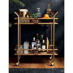 """Acquire excellent tips on """"bar cart decor"""". They are actually accessible for you on our web site. Style At Home, Home Bar Decor, Bar Cart Decor, Ikea Bar Cart, Bar Furniture, Plywood Furniture, Furniture Design, Bar Sala, Petits Bars"""