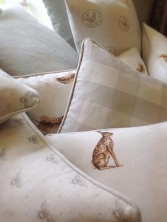 Fabulous cushions made by Clarabelle Interiors using Peony Sage linens Soft Furnishings, Interior Design Inspiration, Home And Living, Decoration, Peonies, Home Accessories, Sweet Home, New Homes, Cottage Cushions