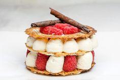 Mille-feuille croustillant aux framboises // Crunchy raspberries mille-feuille