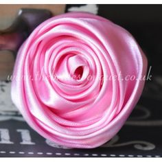 Satin Ribbon Rose Flowers - 50mm Light Pink Pink Wedding Theme, Diy Wedding Bouquet, Craft Wedding, Bride Bouquets, Rose Flowers, Bridal Flowers, Pink Roses, Satin Ribbon Roses, Pink Satin