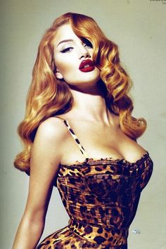 50's style, love the hair. Rosie Huntington-Whiteley