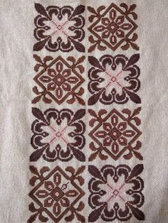 Diy And Crafts, Rugs, Crochet, Home Decor, Penny Rug Patterns, Cross Stitch, Farmhouse Rugs, Decoration Home, Room Decor