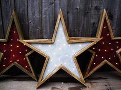 Wooden Relic Star Light. Perfect for standing or hanging at home all year round. Intentionally aged to resemble a relic.    Available in Rusted