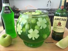 Irish Fishbowl Cocktail - For more delicious recipes and drinks, visit us here: www.tipsybartender.com