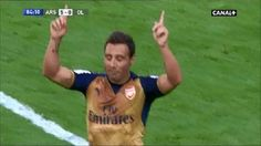 Santi Cazorla fantastycznie przechytrzył mur w Emirates Cup • Arsenal Londyn vs Olympique Lyon • Zobacz gola Cazorli z rzutu wolnego >> #arsenal #football #soccer #sports #pilkanozna