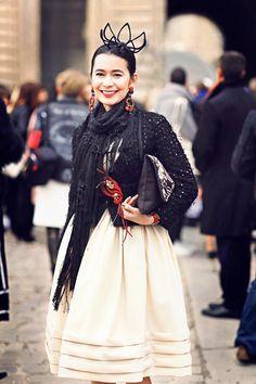 Assel, a fashion editor wearing Dori OOAK pin and earrings to the Dior fashion show! #Dior #fashionshow #fashionweek #pfw2016 #ooak #jewelry #statement #brooch #pin #earrings #hautecouture #highfashion