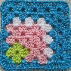 FIFIA CROCHETA blog de crochê : quadradinho de croche com flor
