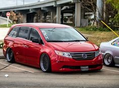 Clean Slammed Honda Odyssey