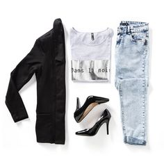 Who says Monday workwear has to be boring? Pair your favourite boyfriend jeans with this season's long length blazer and hot heels! Shop this look in-store and online now at MRP.com #mrponline #mrpinstore #workwear #essentials #blazer #boyfriendjeans #denim