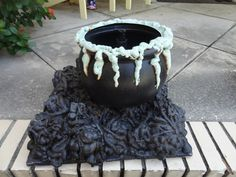 HF member cauldron & coals build for Halloween. do something similar to this, but with hands or bones sticking out of the burning coals?