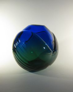 Skrdlovice Ladislav Oliva 7919 -- massive art glass vase -- Czech art glass -- with label