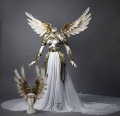 Valkyrie Rider by Fairytas on DeviantArt Valkyrie Costume, Winged Victory Of Samothrace, Cosplay Wings, Fantasy Gowns, Fantasy Costumes, Halloween Disfraces, Deviantart, Character Outfits, Costume Design