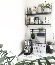 Coffee Love and Greenery Shelfie - New Deko Sites Decor, Coffee Shelf, Flat Interior, Coffee Bar Home, Interior, Home Coffee Stations, Home Decor, Room Decor, Home Deco