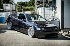 BMW E46 M3 black slammed