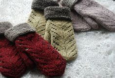 Undiin by Kristi Everst - mittens with lace on top