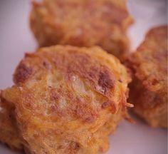"""750g vous propose la recette """"Boulettes de pommes de terre au fromage"""" publiée par 750 Grammes."""