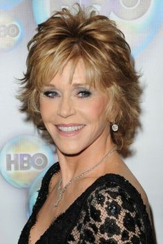 Jane Fonda Photos - Actress Jane Fonda arrives at HBO's Post 2012 Golden Globe Awards Party at Circa 55 Restaurant on January 2012 in Beverly Hills, California. - Jane Fonda Photos - 3349 of 4208 Short Shaggy Haircuts, Short Shag Hairstyles, Cool Hairstyles, Hairstyle Ideas, Haircut Short, Hairstyle Pictures, Feathered Hairstyles, Hairstyles For Over 60, 1970s Hairstyles