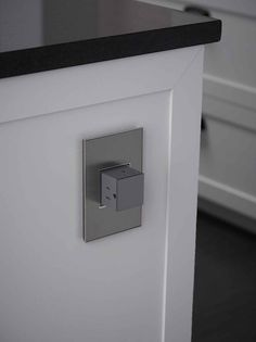 Pop out outlet - very cool!