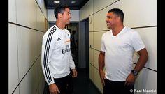 Ronaldo bromeando con Cristiano Ronaldo