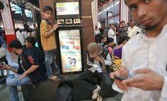 GOOGLE'S FAST WI-FI SPEED THRILLS BROWSERS AT MUMBAI CENTRAL