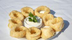 Calamari Recipes, Fried Calamari, Recipe Sites, Dessert, Serving Plates, Onion Rings, Baking Soda, Tapas, Seafood
