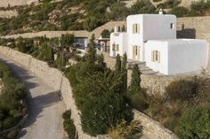 Mykonos Villa Aphrodite in dandy Agios Lazaros - HomeTality Mykonos Villas, Luxury Villa, Aphrodite, Dandy, Luxury Travel, Luxury Homes, Exterior, Mansions, Architecture