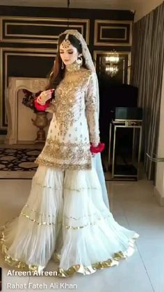 Desi Wedding Dresses, Asian Bridal Dresses, Party Wear Indian Dresses, Prom Girl Dresses, Indian Bridal Outfits, Pakistani Bridal Dresses, Indian Fashion Dresses, Beautiful Pakistani Dresses, Pakistani Dresses Casual