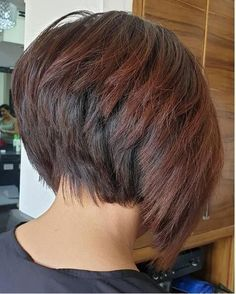 26 Winning Looks with Bob Haircuts for 2019 26 looks ganadores con cortes de pelo Bob para 2019 Stacked Haircuts, Angled Bob Hairstyles, Short Hairstyles For Thick Hair, Short Hair Styles, Wedge Hairstyles, Short Hair Back, Short Hair With Layers, Short Hair Cuts For Women, Short Stacked Hair