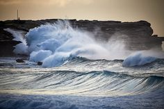 Angry ocean at Maroubra Beach - aquabumps